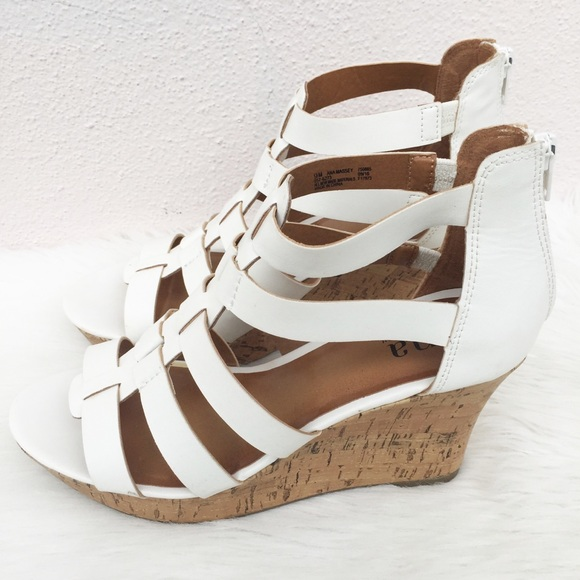 88a02509ae1 a.n.a Shoes - ANA Massey Wedge Heels Size 9 9M